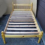 Solid Wood Single Bed with wood slats