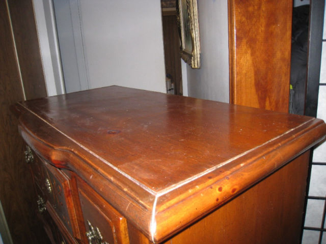 Vintage wood Tall 5-drawer Chest